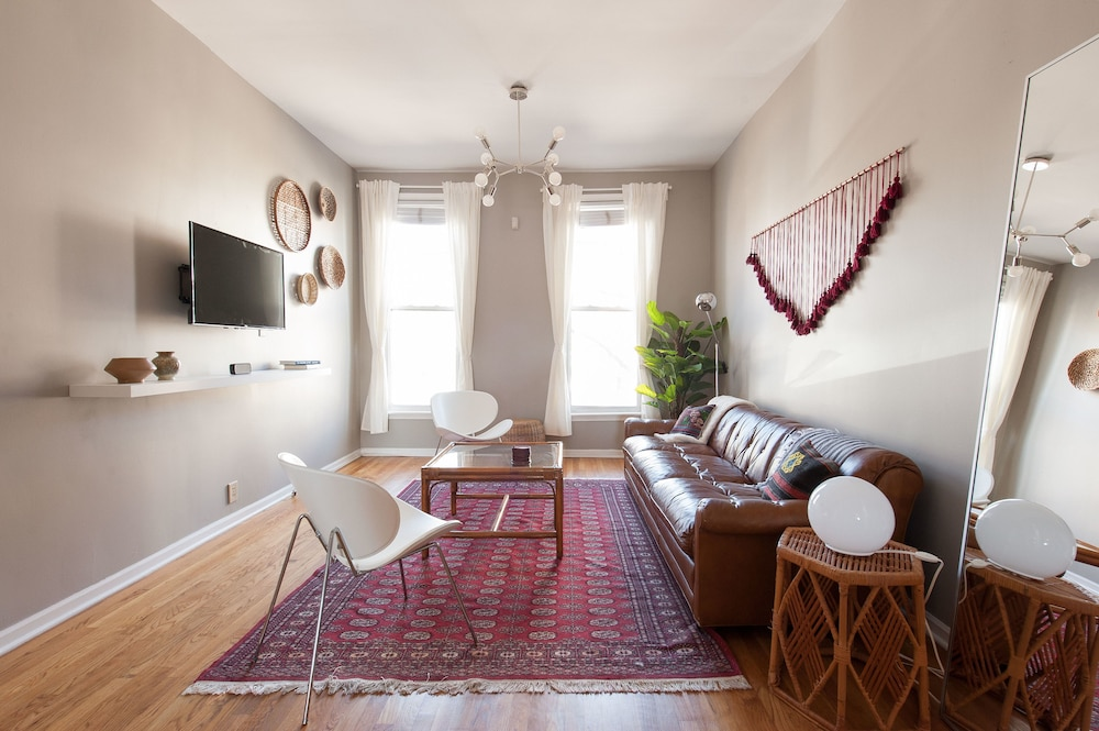 Hotels In Roscoe Village Chicago