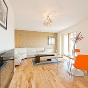 Gallery Quay Luxury Apartment