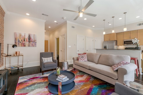 Check Expedia for Availability of Stunning 1BR in C.B.D. by Sonder