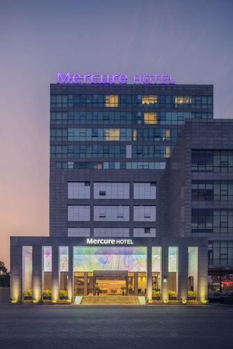 メルキュール上海虹橋南 (上海虹桥漕河泾美居酒店)