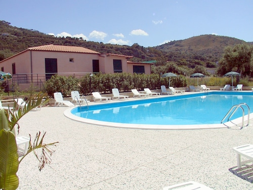 Book Cefalù Vacation Rentals Travelocity Com