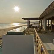Marea Beachfront Villas