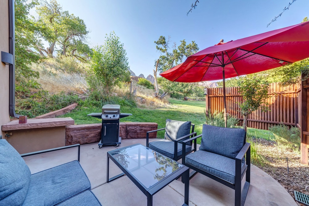 Terrace/Patio, LaFave: Luxury Rentals at Zion