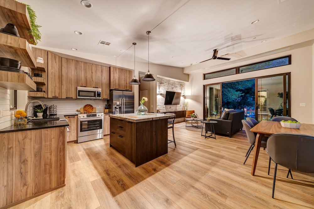 Living Area, LaFave: Luxury Rentals at Zion