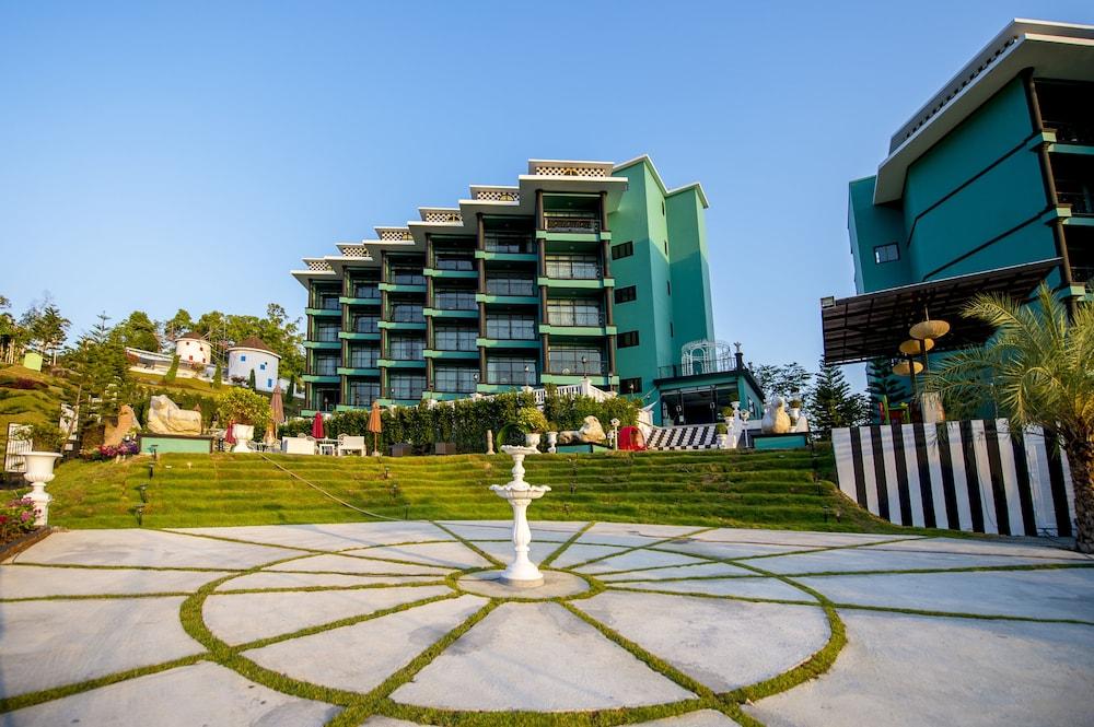 Ao nang hipster hotel krabi thailand expedia for Hipster hotel