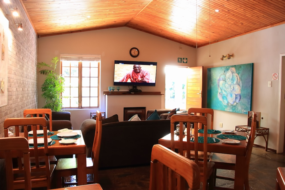 Living Area, Rozendal Guest House