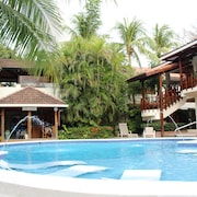 Casa Cook Luxury Beachfront Hotel