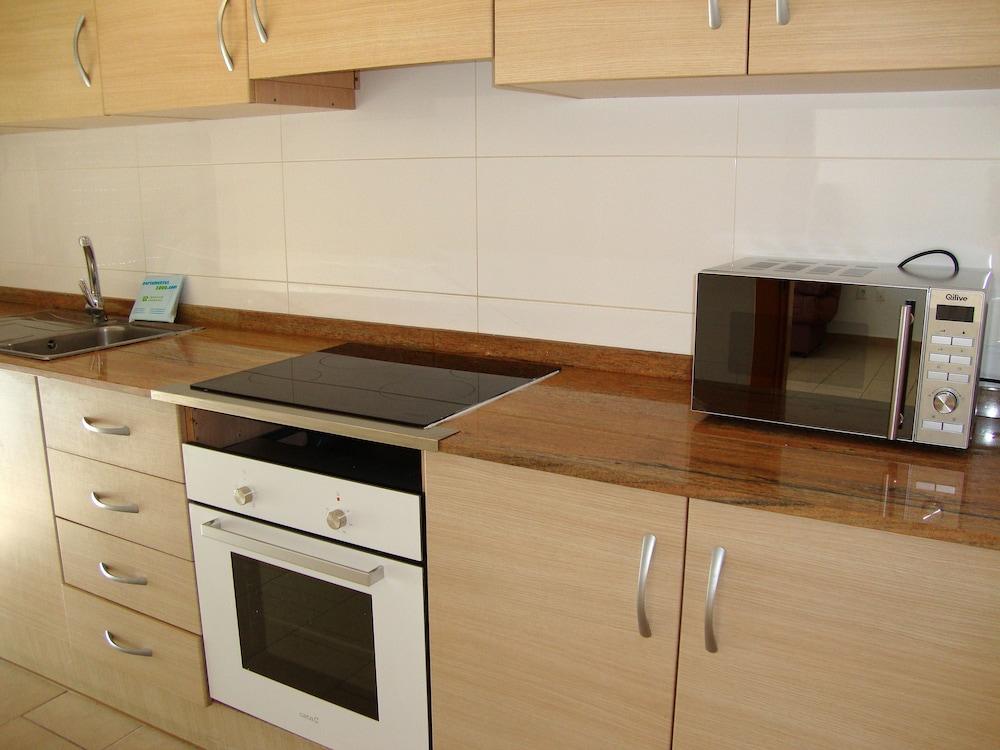 Apartamentos las palmeras 3000 precios promociones y for Cocinas castellon precios