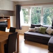 Stranmillis Court Apartment