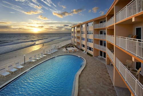 Paradise Beach Club - Stay in Cocoa Beach