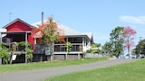 Flame Hill Vineyard - Montville Hotels