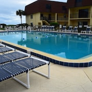 Cocoa Beach Club by Stay in Cocoa Beach