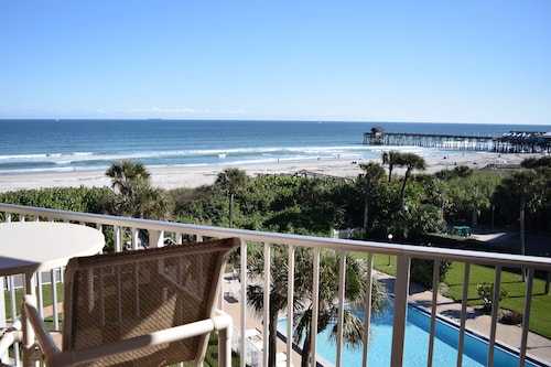 Cocoa Beach Towers - Stay in Cocoa Beach