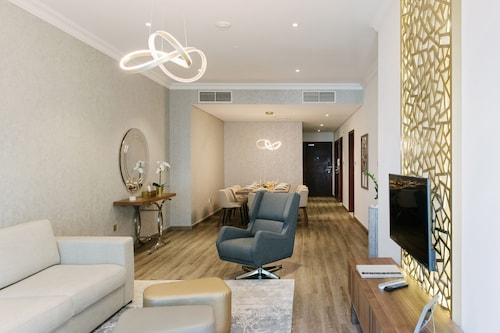 Boutique Living - Dubai Marina Heights
