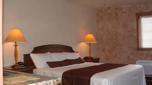 1 bedroom, premium bedding, pillowtop beds, free WiFi