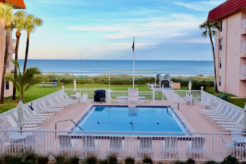 Spanish Main by Stay in Cocoa Beach