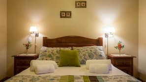 2 bedrooms, premium bedding, in-room safe, blackout drapes