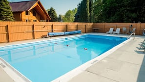 Seasonal outdoor pool, open 9:00 AM to 9:00 PM, sun loungers
