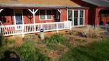 Cavalier Cottage B&B - Shelburne Falls Hotels