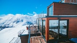 Quadrum Ski and Yoga Resort - Kazbegi Hotels