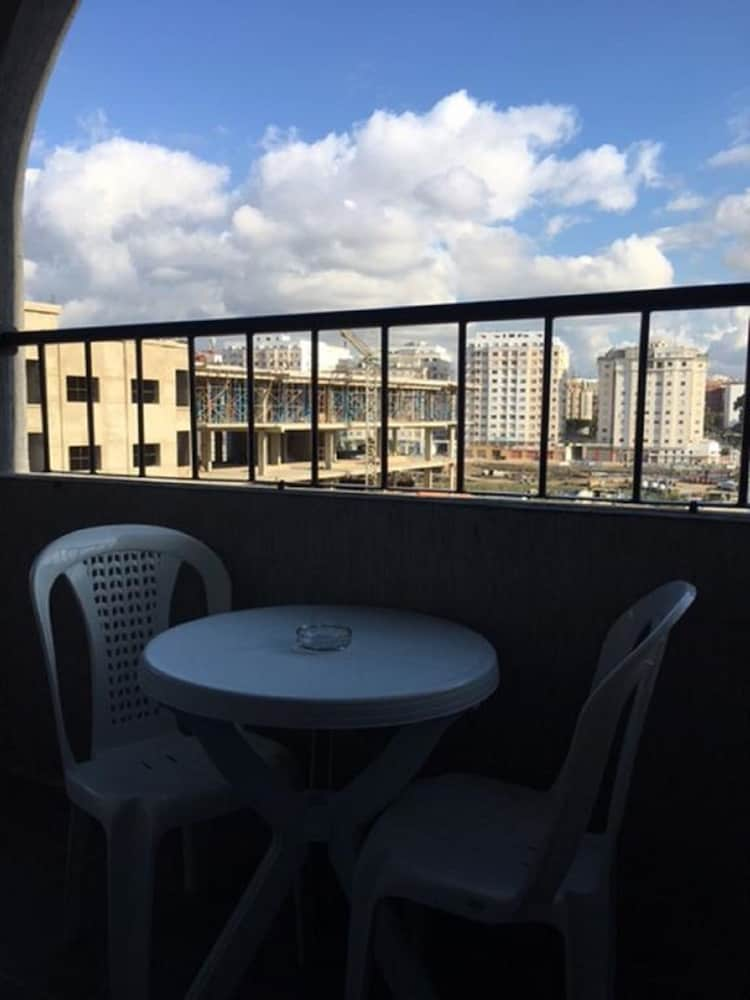 Appart hotel tanger paname 2018 room prices 37 deals for Appart hotel 37
