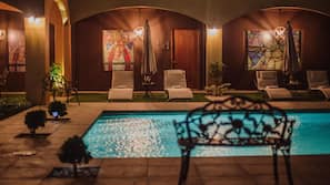Outdoor pool, open 7 AM to 10:30 PM, sun loungers