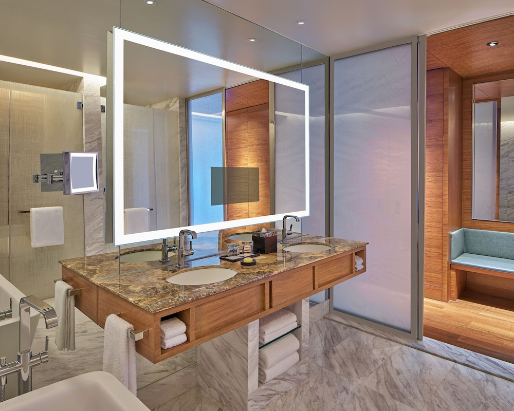 Bathroom, Grand Hyatt Manila