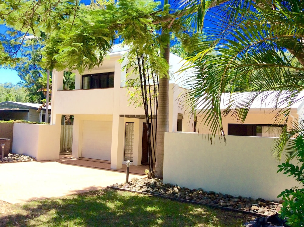 Bali Ha 39 I Holiday Home Deals Reviews Yaroomba AUS Wotif