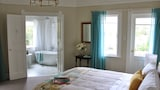 Browns Boutique Bed and Breakfast - Wanganui Hotels