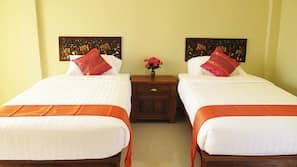 Minibar, rollaway beds, free WiFi, wheelchair access