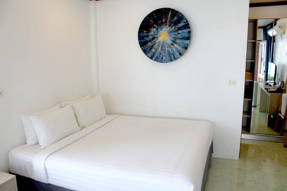 Sunset Beach Villas In Ko Pha Ngan Hotel Rates Reviews