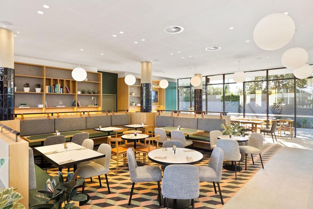 Hotel deals sydney airport