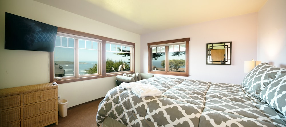 Room, 'wabi Tei' Serenity With Panoramic Ocean View. Hot Tub, Bbq, Xbox, Wifi, Pets OK