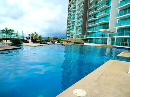 Caribbean Beach Condo In Panama - Fully Furnished, 2 Bedrooms @ Bala Beach