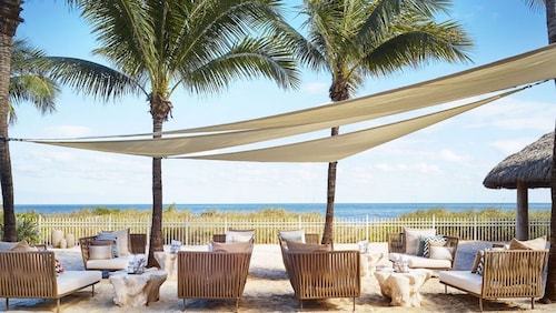 Just Renovated Ritz-carlton Beachfront Amazing 1 Bdr. Suite