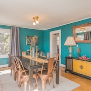 Cozy and Warm Luxury Condo In Craftsman Home Near Everything