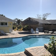 Gorgeous Cocoa Beach Home W/heated Private Pool- Short Walk to Beach!
