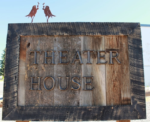 Stay at the Theater House - a Bluebird Cottage Vacation Home