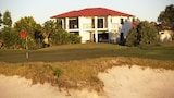 The Golfer's Lodge - Banksia Beach Hotels