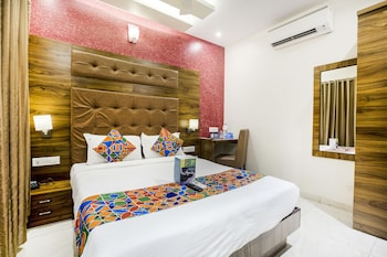 FabHotel Amour Andheri East