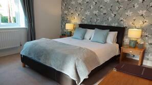 Pillowtop-Betten, individuell dekoriert, individuell eingerichtet