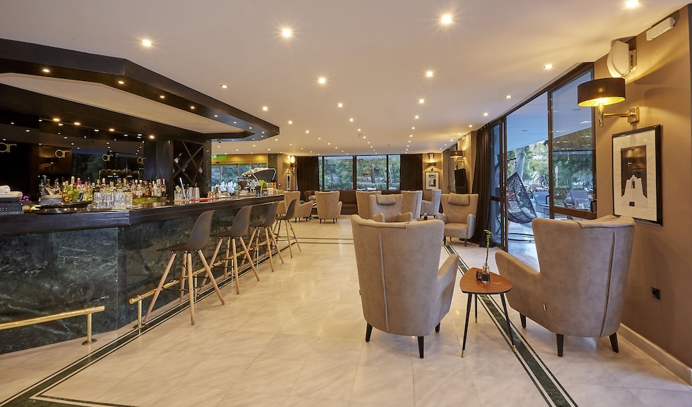Lounge, Athenian Riviera Hotel & Suites