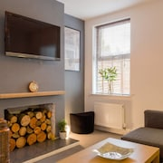 Ashton House, Luton - inhabit short stays