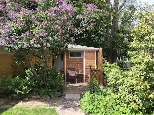 Check Expedia for Availability of Garden Studio