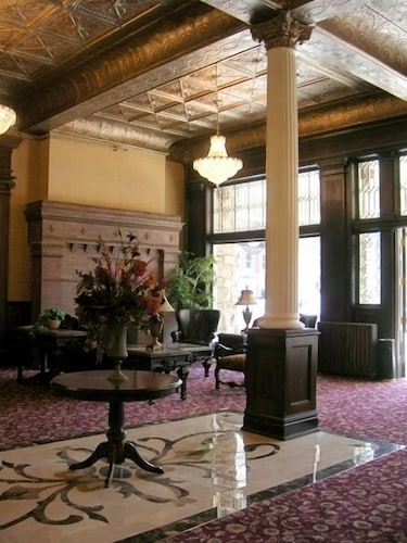 Lobby Sitting Area, Historic Franklin Hotel