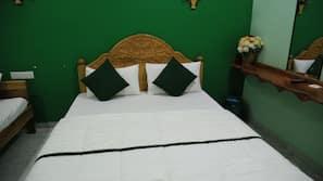 14 bedrooms, premium bedding, desk, soundproofing