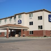 Cobblestone Hotel & Suites Fairbury