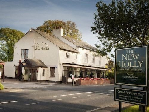 The Holly Bar Restaurant Rooms Preston