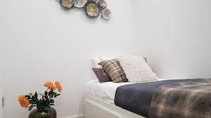 1 bedroom, premium bedding, Tempur-Pedic beds, individually decorated