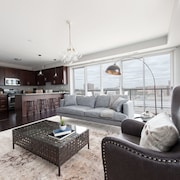 Panoramic 2BR in West Loop by Sonder